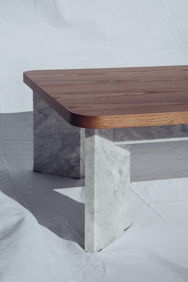 mesas de madera y marmol